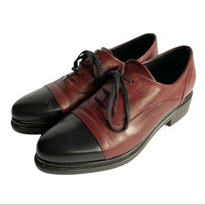 2-tone Brogue style leather oxfords Lili Mill 39